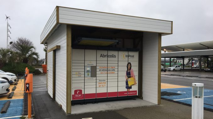 consigne de retrait automatique colis parking leclerc pont l'abbé